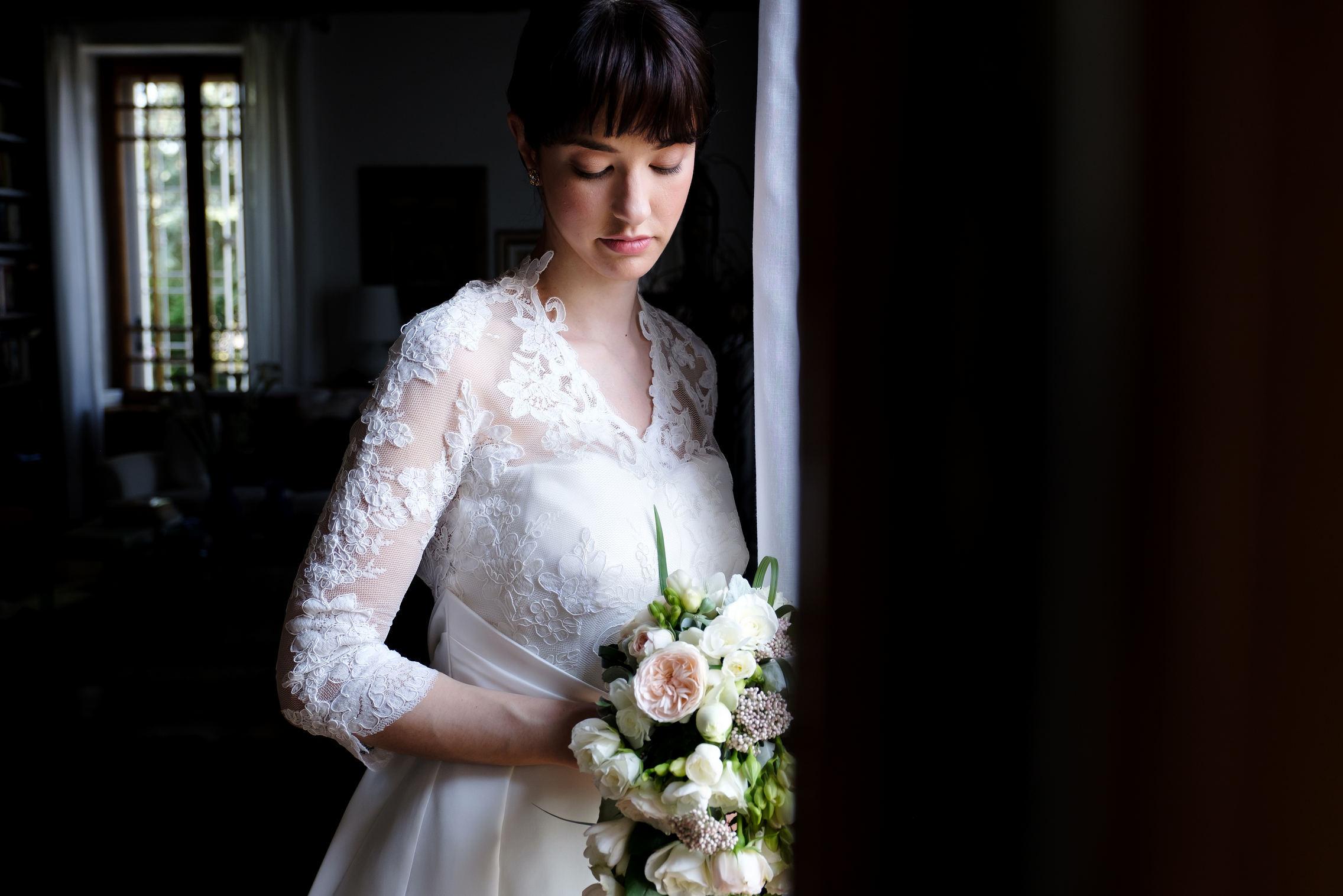 ritratto sposa luce finestra