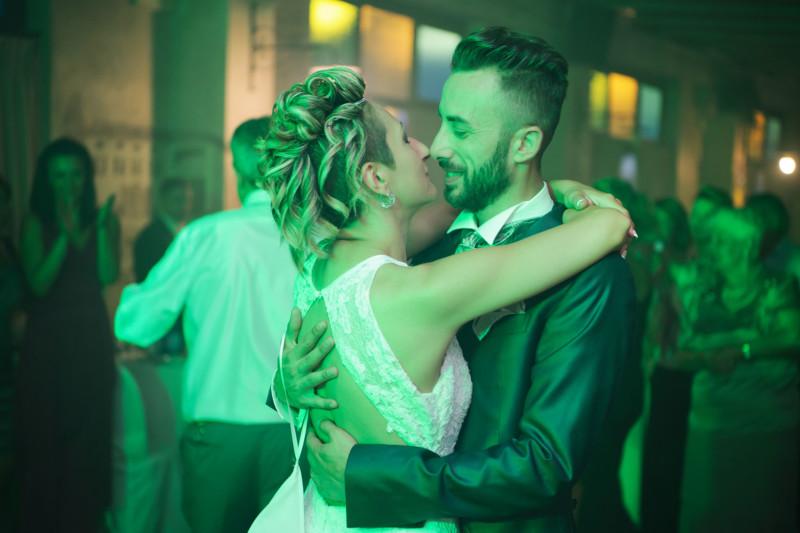 sposi che ballano
