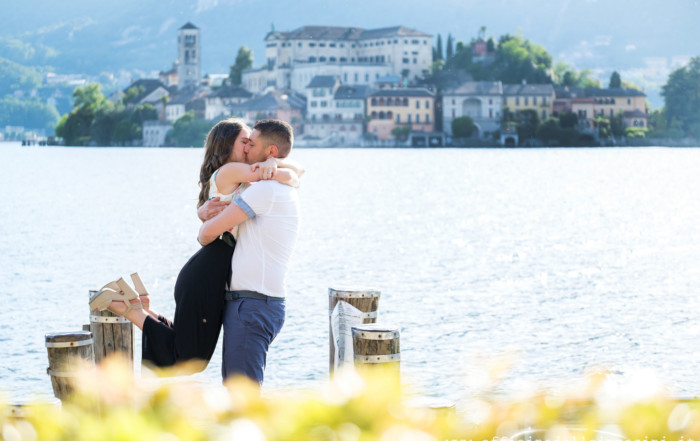 Prenozze lago d'Orta - engagement shooting at Orta Lake